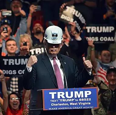 trump-digs-coal-1